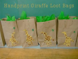 HandprintGiraffeLootBags